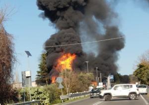 Ιταλία: Φοβερή έκρηξη σε πρατήριο βενζίνης – Δύο νεκροί και 17 τραυματίες