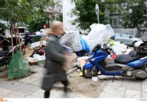 500 τόνοι σκουπιδιών στη Θεσσαλονίκη από την αποχή των εργαζομένων στην καθαριότητα