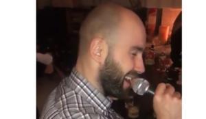 Ο Σπανούλης… έπιασε μικρόφωνο και τραγούδησε Σινάτρα! video