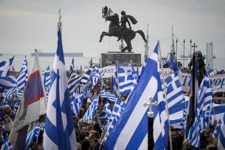 Συμφωνία των Πρεσπών: Δεκάδες «βαριές» προσωπικότητες ζητούν δημοψήφισμα – Αναλυτικά η λίστα με τα ονόματα | Newsit.gr