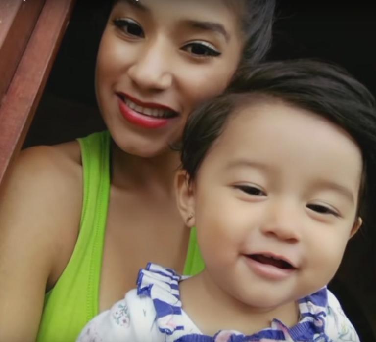 Μετανάστρια απαιτεί αποζημίωση – μαμούθ από τις ΗΠΑ για τον θάνατο του μωρού της! – Video