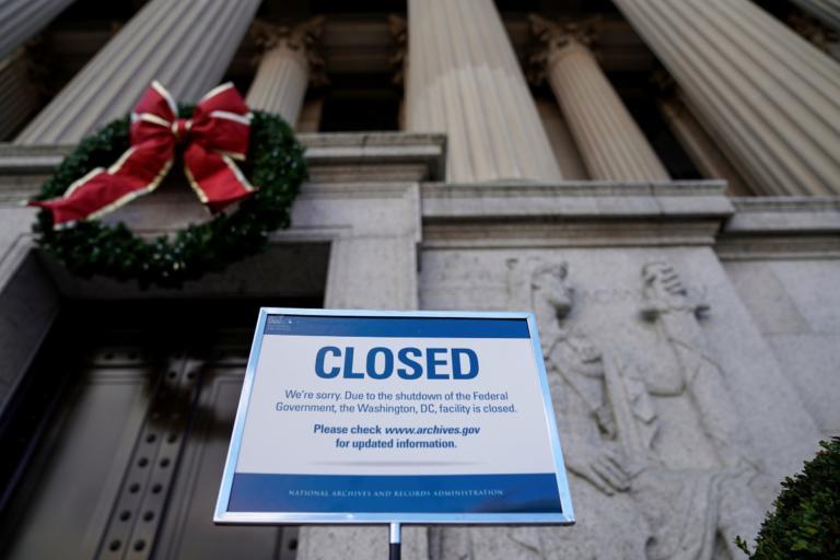 ΗΠΑ: Γενικό μπλακ – άουτ της κυβέρνησης του Ντόναλντ Τραμπ έως τον Ιανουάριο! | Newsit.gr
