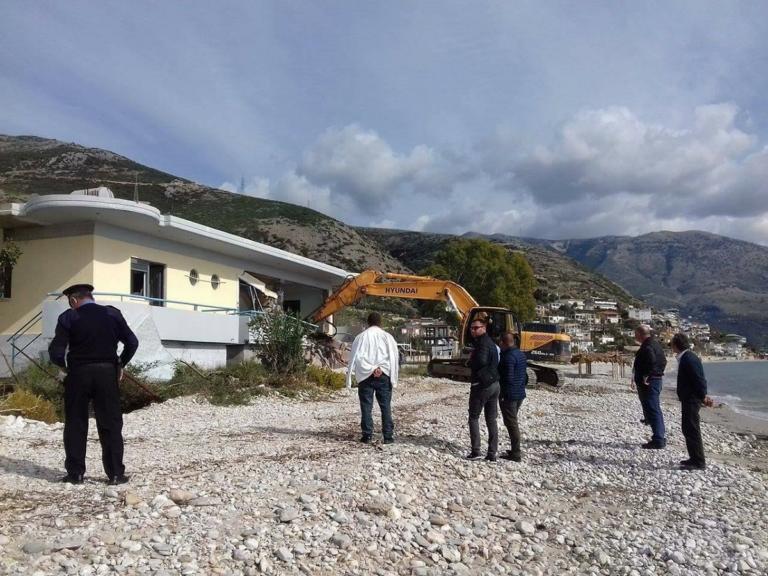 Αλβανός ΥΠΕΞ: Τα σπίτια των Ελλήνων στη Χιμάρα δεν… ανήκουν σε ιδιώτες | Newsit.gr