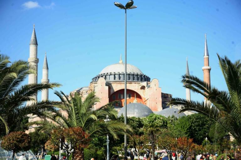 «Η Αγιά Σοφιά είναι η Τουρκία και το Ισλάμ»! Τούρκοι χάκαραν την σελίδα του Κουλιμπαλί [pics]