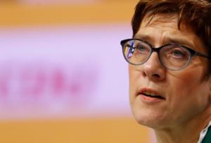 Γερμανία – Δημοσκόπηση: Ανεβαίνει το CDU μετά την εκλογή της Άνεγκρετ Κραμπ-Καρενμπάουερ