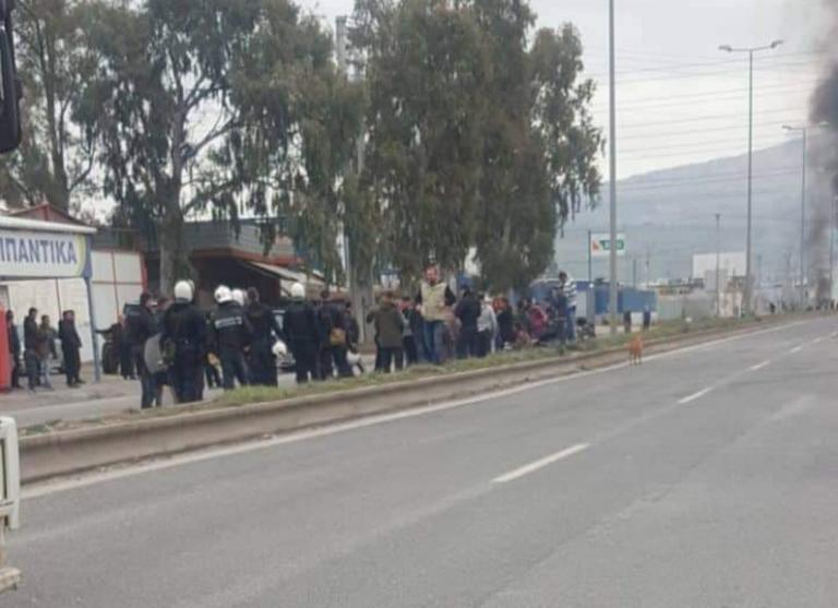 Επεισόδια μεταξύ Ρομά και αστυνομικών στον Ασπρόπυργο | Newsit.gr
