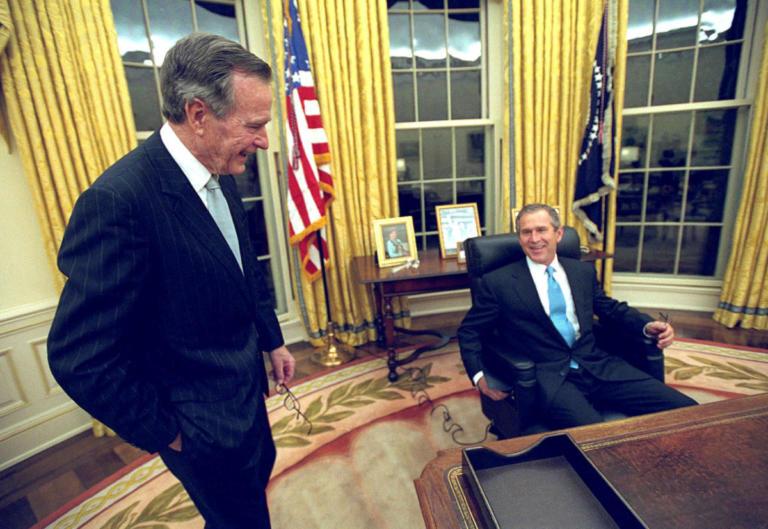 Από τον Τζορτζ Μπους στον… Τζορτζ Μπους