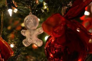 Κιλκίς: Τα πιο ιδιαίτερα χριστουγεννιάτικα στολίδια – Ζωντανεύουν την παράδοση με μεράκι!