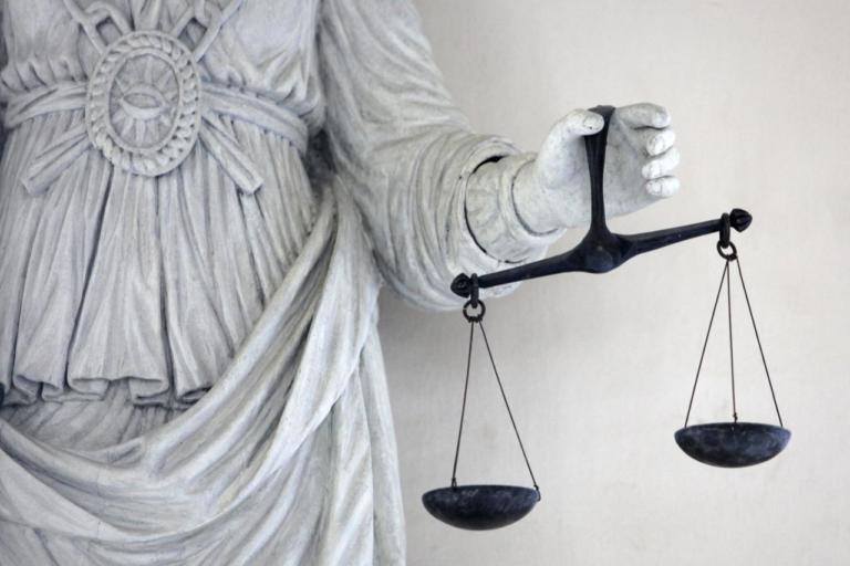 Όλοι ψάχνουν… την δικαιοσύνη – Λέξη της χρονιάς σύμφωνα με το Merriam-Webster   Newsit.gr