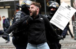 Γαλλία – Κίτρινα γιλέκα: Απίστευτο! Διέρρευσε το σχέδιο της αστυνομίας!