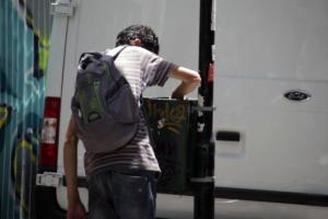 DW: Η κρίση χρέους της Ελλάδας αφήνει το έθνος πεινασμένο και τα παιδιά να υποσιτίζονται