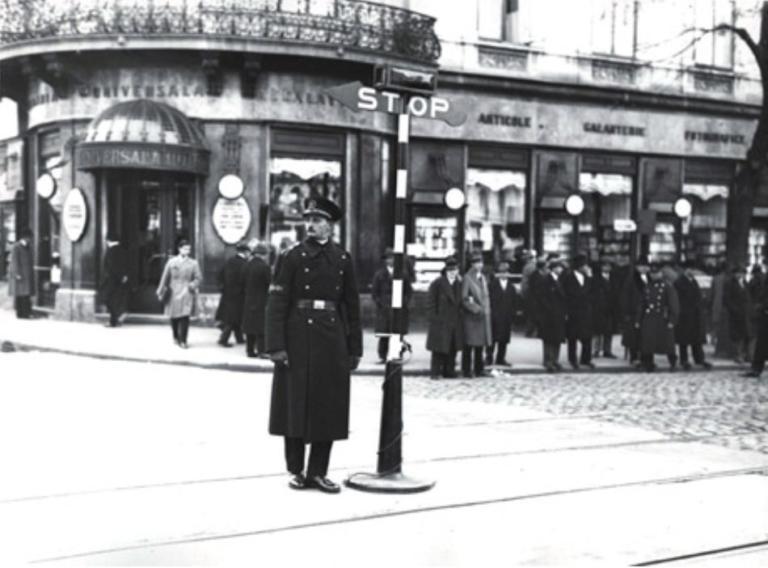 Οι φωτεινοί σηματοδότες έγιναν 150 ετών | Newsit.gr