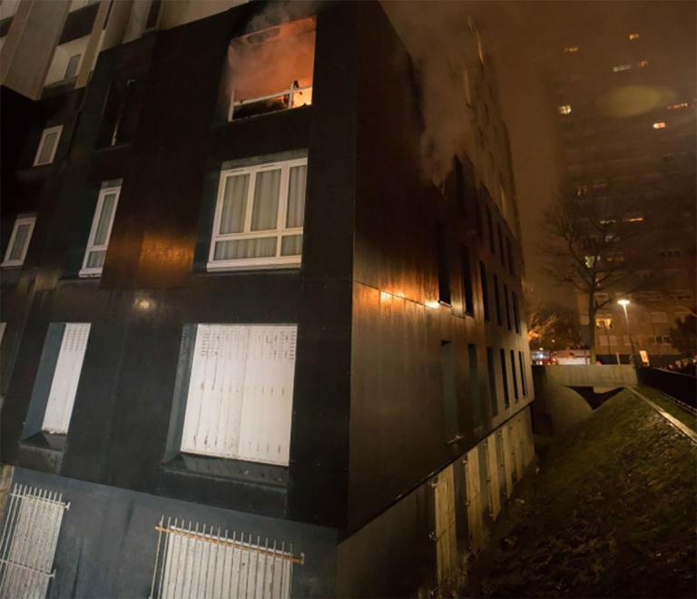 Τραγωδία στο Παρίσι: Δυο κοριτσάκια και μια 20χρονη πέθαναν σε φωτιά | Newsit.gr