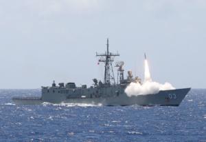 """Το """"φλερτ"""" του Πολεμικού Ναυτικού με τις φρεγάτες από την Αυστραλία"""