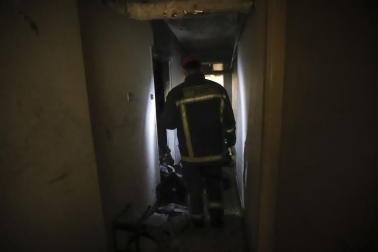 Φωτιά σε διαμέρισμα στα Άνω Πατήσια! Απεγκλωβίστηκε ηλικιωμένο ζευγάρι