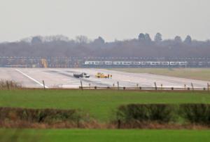 Βρετανία: Δύο συλλήψεις για το «αλαλούμ» με τα drone στο αεροδρόμιο Gatwick