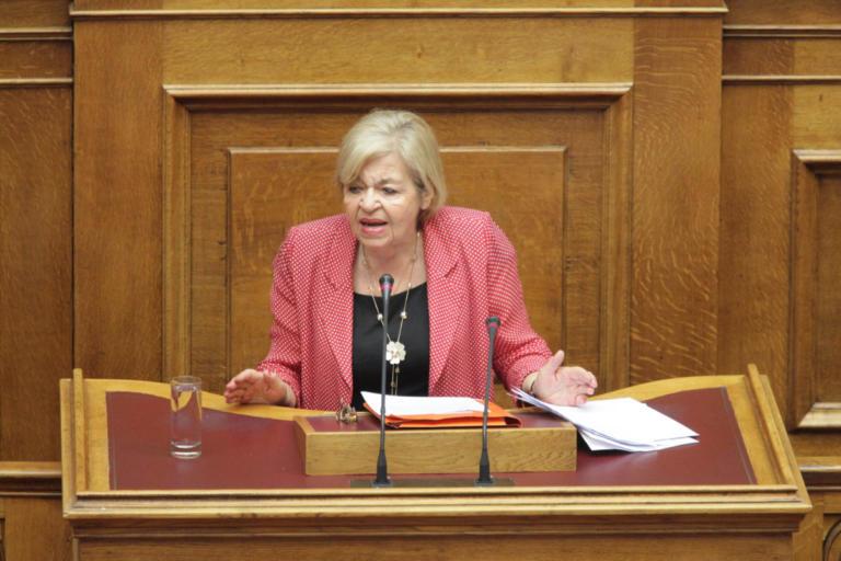 Θλίψη στον πολιτικό κόσμο για τον θάνατο της Χρυσούλα Γιαταγάνα | Newsit.gr