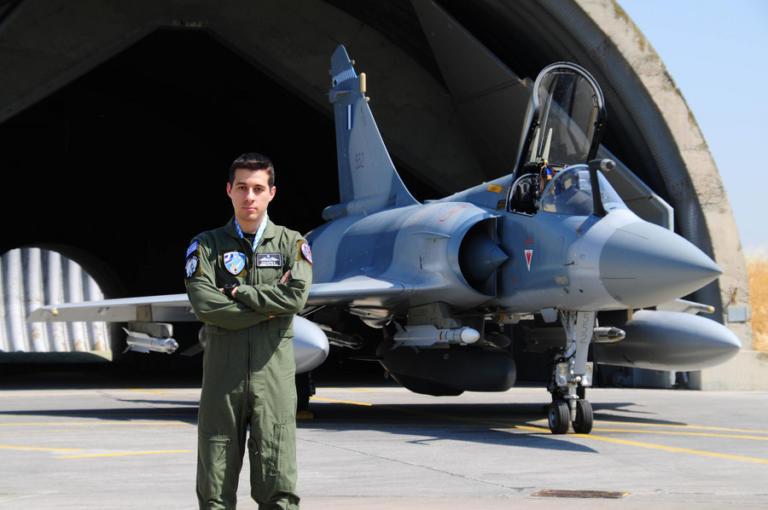 Έλληνας ο «Best Warrior» του ΝΑΤΟ! Ποιος είναι ο Κοσμάς Χάλαρης | Newsit.gr