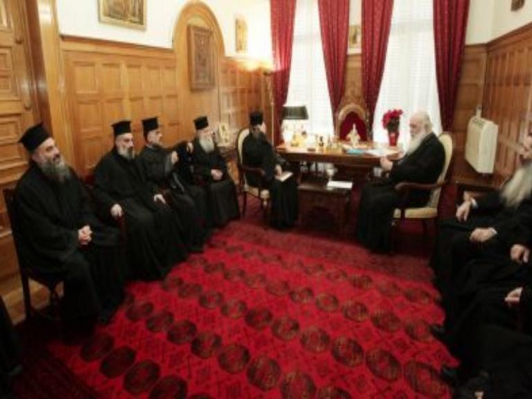 Αρχιεπίσκοπος: Η Ιεραρχία θα αποφασίσει για τις σχέσεις Εκκλησίας – Πολιτείας | Newsit.gr