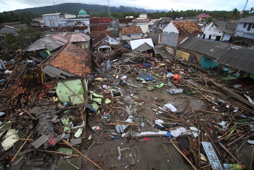 τσουνάμι στην Ινδονησία