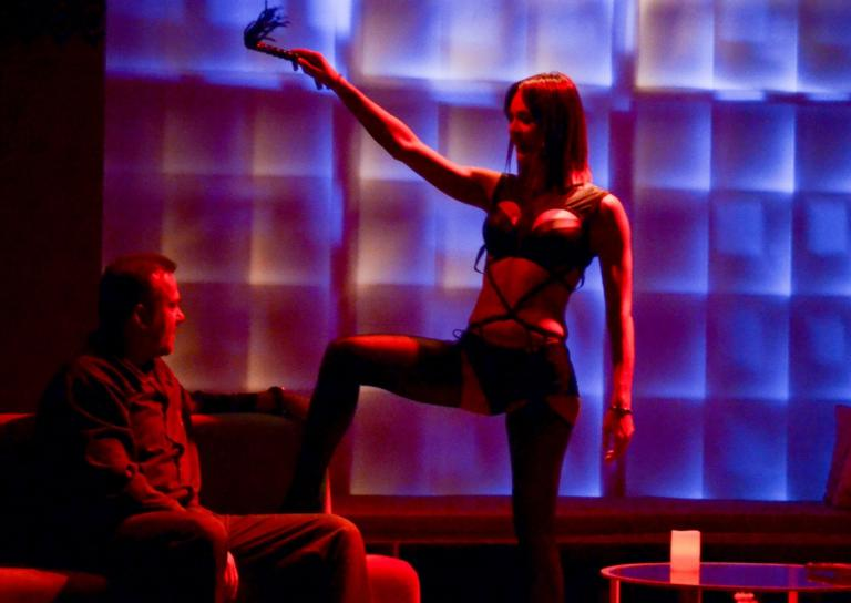 Νικολέττα Καρρά: Η hot εμφάνιση της ηθοποιού στη σκηνή του θεάτρου! [pics]   Newsit.gr