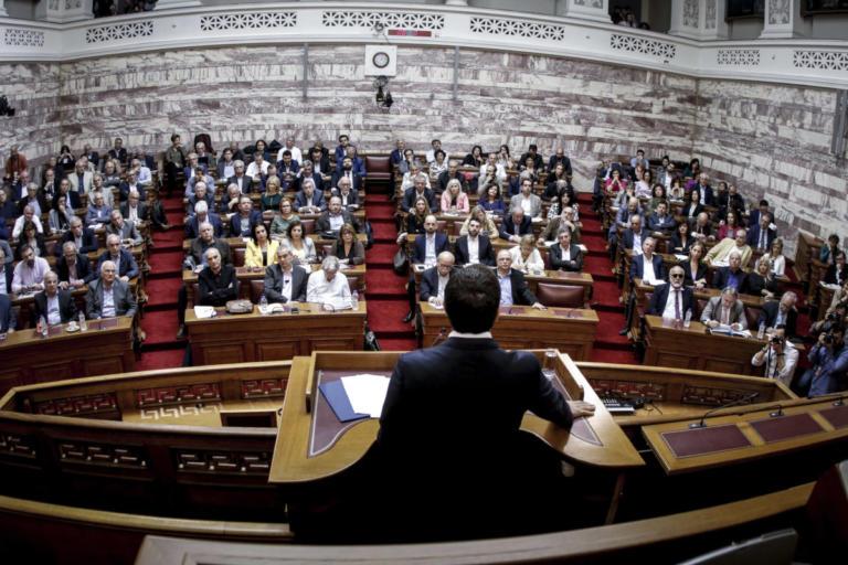«Σκοτωμός» στον ΣΥΡΙΖΑ για τη Συμφωνία των Πρεσπών! Καραγιαννίδης: «Να μαζέψουν τον Μιχελογιαννάκη»