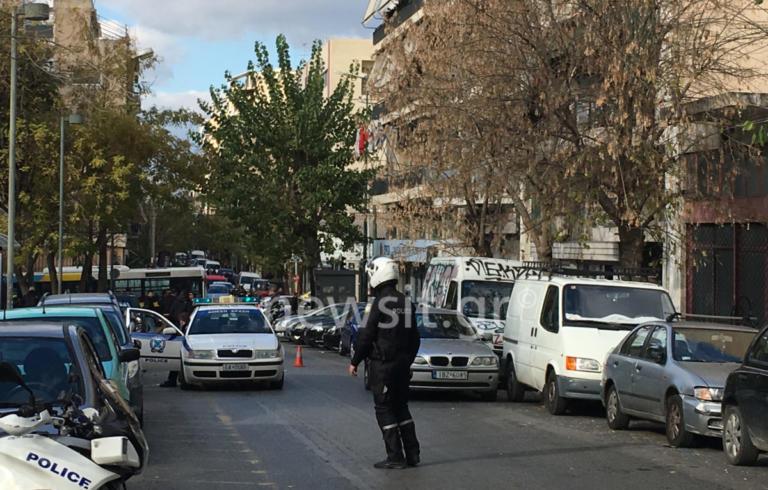 Ύποπτο δέμα στα γραφεία του ΣΥΡΙΖΑ στην Κουμουνδούρου! | Newsit.gr