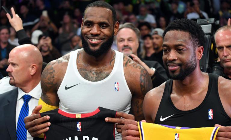 """""""Βασιλιάς"""" Λεμπρόν στο αντίο του """"αδερφού"""" Oυέιντ! Τα αποτελέσματα του NBA – videos   Newsit.gr"""