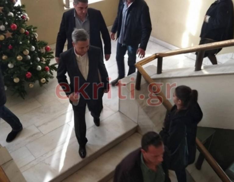 Κρήτη: Αναβλήθηκε η δίκη για την απαγωγή του Μιχάλη Λεμπιδάκη – Η νέα εμφάνιση του επιχειρηματία [pics] | Newsit.gr