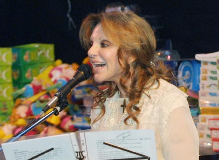 Μαριάννα Τόλη: Ραγίζει καρδιές η Σεμίνα Διγενή με το αντίο της | Newsit.gr
