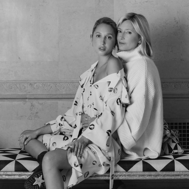 Marie Chantal: Με την κόρη της Ολυμπία και τον Παύλο στο εξώφυλλο του Vanity Fair! [pics,vid] | Newsit.gr