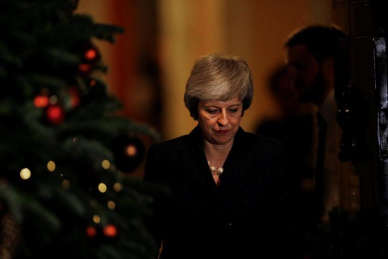 Times: Οι περισσότεροι υπουργοί της Μέι πιστεύουν ότι το σχέδιο της για Brexit… πέθανε | Newsit.gr