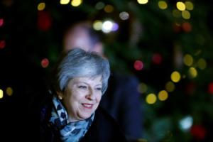 Brexit: Θρίαμβος για Μέι! Πήρε την ψήφο εμπιστοσύνης