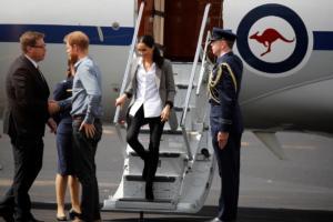 """Μέγκαν Μαρκλ: """"Εμπλοκή"""" της Βασίλισσας Ελισάβετ για τα οικογενειακά… δράματα!"""