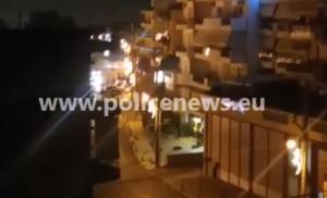 Μενίδι: Ελεγχόμενη έκρηξη έξω από το Δημαρχείο – video