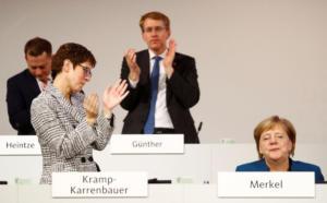 Γερμανία: Η Άνεγκρετ Κραμπ – Καρενμπάουερ νίκησε τον πρώτο γύρο για την διαδοχή της Μέρκελ