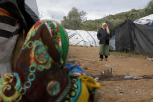 Spiegel: «Νησί – φυλακή η Λέσβος! Θα επαναληφθεί το 2015;»