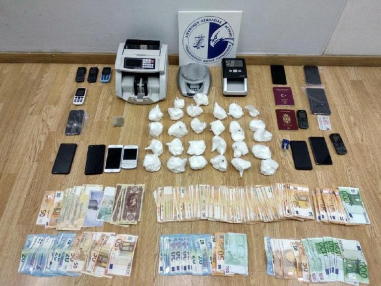 Εξαρθρώθηκε από την ΕΛΑΣ διεθνές κύκλωμα ναρκωτικών   Newsit.gr
