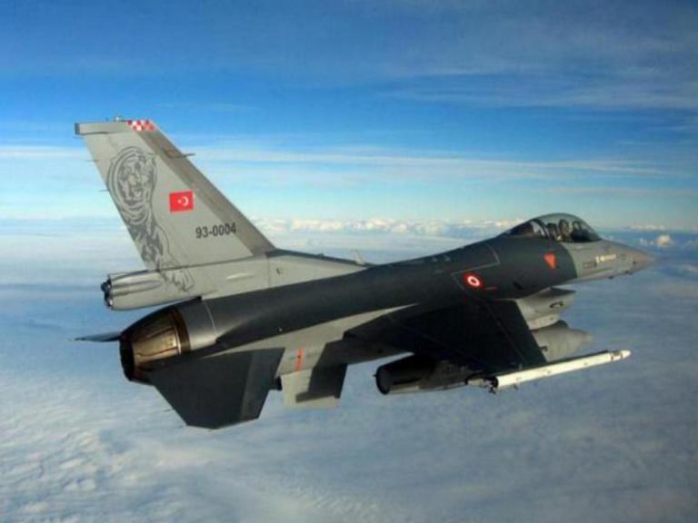 Συνεχίζουν να προκαλούν στο Αιγαίο τα τουρκικά μαχητικά αεροσκάφη!