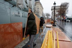 «Κίτρινα γιλέκα»: 1 δισ. ευρώ οι απώλειες στο λιανικό εμπόριο!