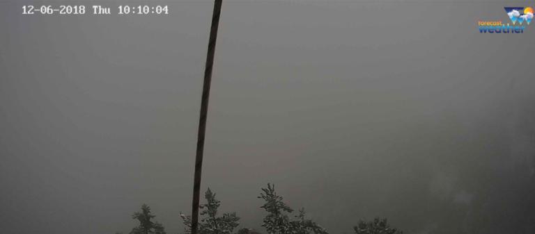 Καιρός: Χιονίζει από το πρωί στην Πάρνηθα! [video]   Newsit.gr