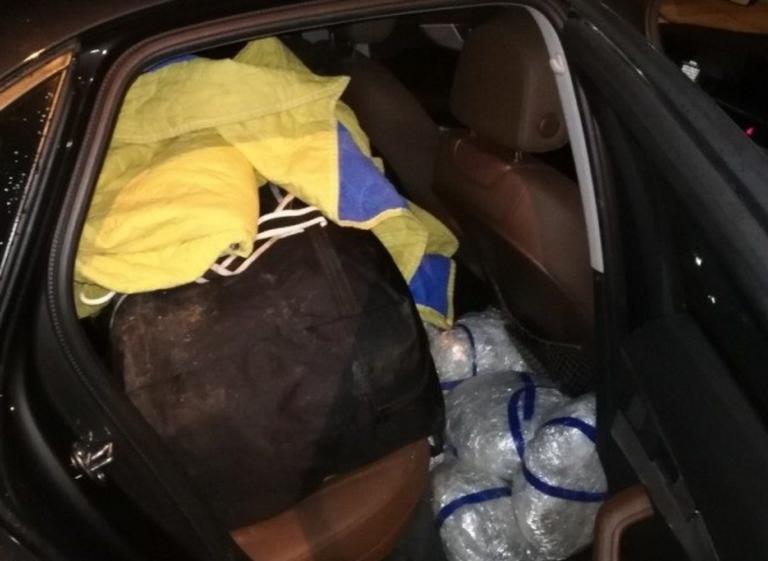 Θεσπρωτία: Άνοιξαν την πίσω πόρτα του αυτοκινήτου και είδαν αυτές τις εικόνες – Η σκοτεινή αλήθεια στο φως [pics] | Newsit.gr