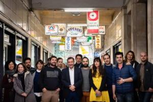 Οκτώ νέα καταστήματα «ζωντανεύουν» και πάλι τη Στοά Εμπόρων στην οδό Βουλής