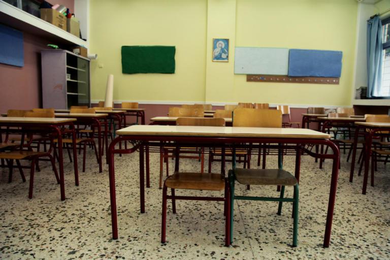 Χανιά: Ξυλοδαρμός λυκειάρχη μέσα στο σχολείο – Η αιτία της άγριας επίθεσης και η θύελλα αντιδράσεων! | Newsit.gr