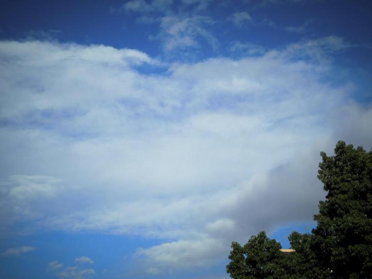 """Καιρός: Καλοκαιρία πριν την… """"καταιγίδα"""" – Αλλάζει το σκηνικό από τα Χριστούγεννα   Newsit.gr"""