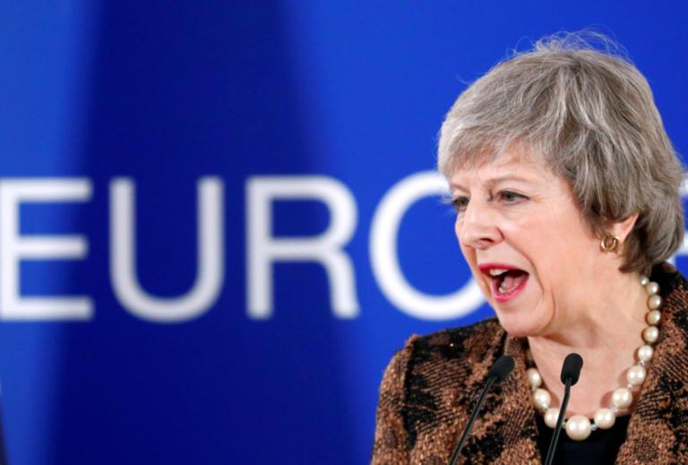 Brexit: Έξαλλη η Μέι με τις φήμες για νέο δημοψήφισμα! Κάνει λόγο για προδοσία!
