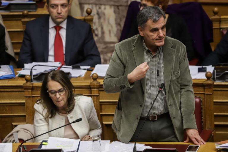 Τσακαλώτος: Έχετε δίκιο για τις τροπολογίες – Αποχώρησαν ΚΚΕ και Ποτάμι | Newsit.gr