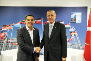 Δίλημμα Τσίπρα για το ταξίδι στην Τουρκία μετά την ένταση στο Αιγαίο