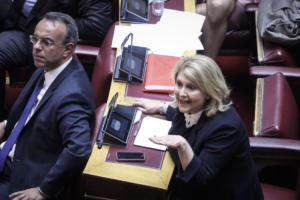 Βουλή: Καυγάς Βούλτεψη – Βούτση! «Έχετε κάνει συναλλαγή! Ετοιμάζουν Μακεδονική μειονότητα»