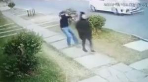 Την πυροβόλησε εν ψυχρώ – Νεκρή με μια σφαίρα στο κεφάλι [vid]